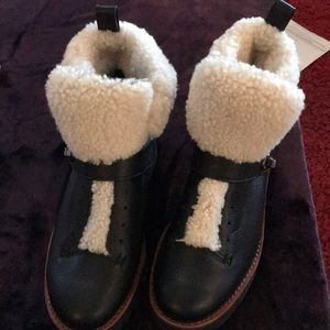 Coach sz 7 black leather/Sherpa boots!